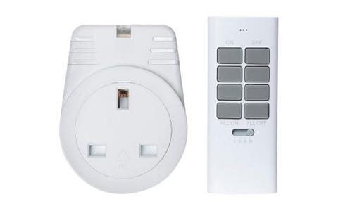 Maplin ORB RFS Remote Controlled Mains Plug Socket with 1 Remote - White