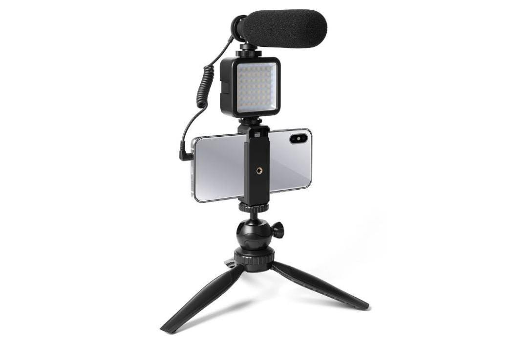 Maono Professional Vlog Microphone With LED Light and Tripod