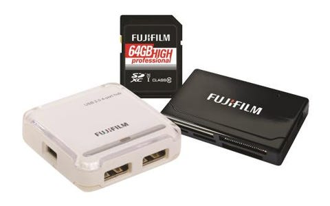 Fujifilm SDXC 64GB UHS-I Pro Class 10 Card,  USB Reader & 4 Port Hub Bundle