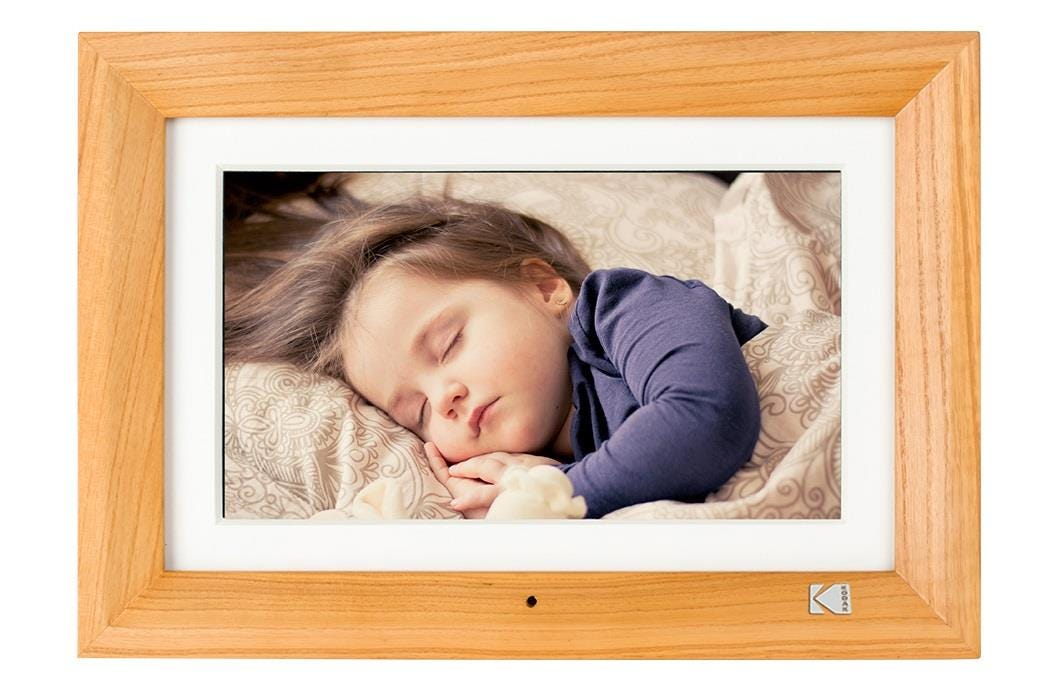 "Kodak High Resolution 1024 x 600 10"" Digital Photo Frame - Burlywood"