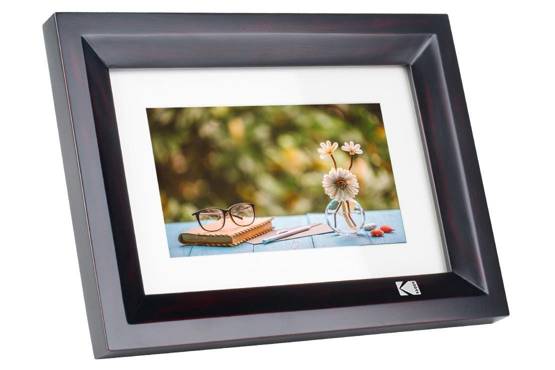 "Kodak High Resolution 1024 x 600 7"" Digital Photo Frame - Black"