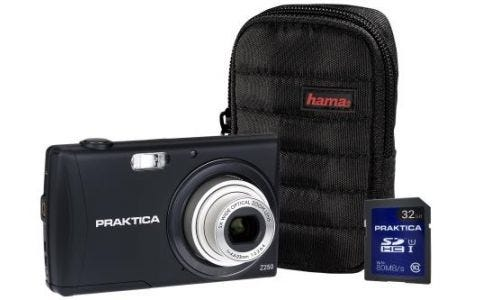PRAKTICA Luxmedia Z250 Black Camera Kit inc 32GB SDHC Class 10 Card & Case