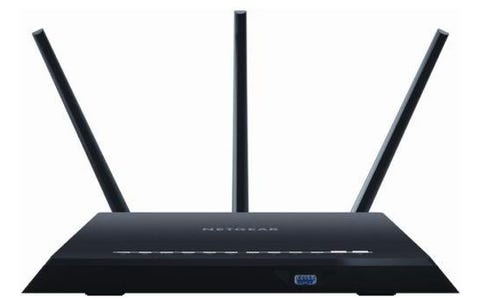 Netgear Nighthawk Smart WiFi Cable & Fibre Router - AC1900, Dual-Band